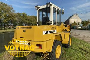 Liebherr L508 with log grappler - wheel loader ex army