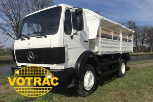 Mercedes - 1017 4x4 with frame and hood + benches inside cargo body